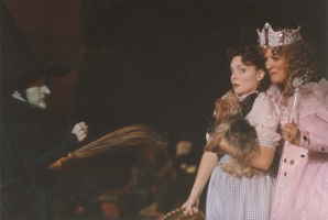 Rebecca Spencer as Dorothy in The Wizard of Oz
